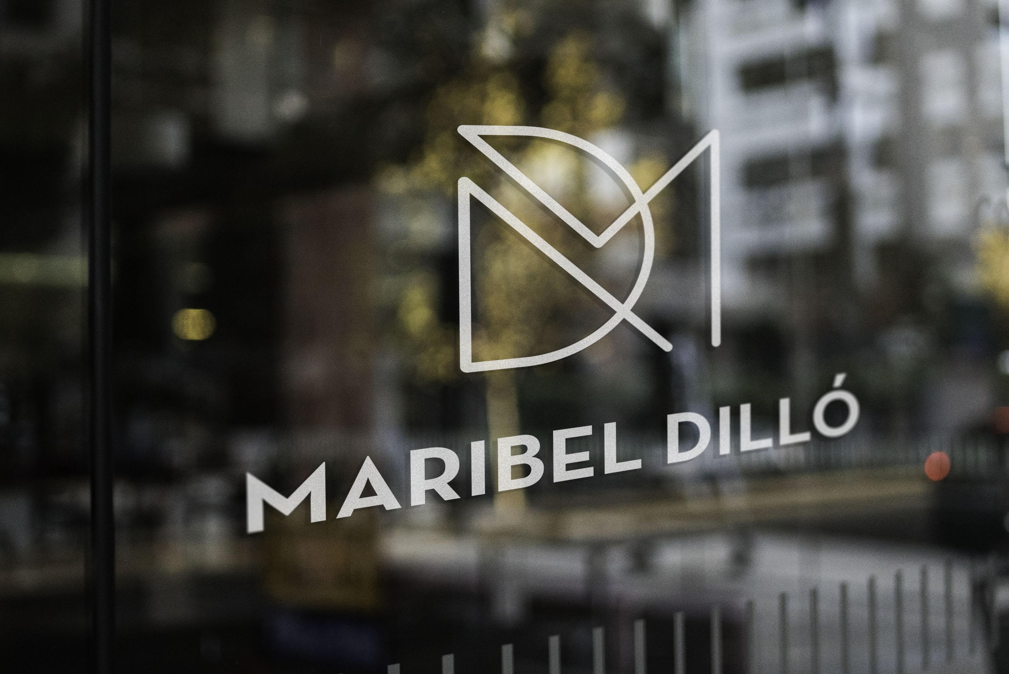 Diseño de marca para diseñadora de moda en Bilbao
