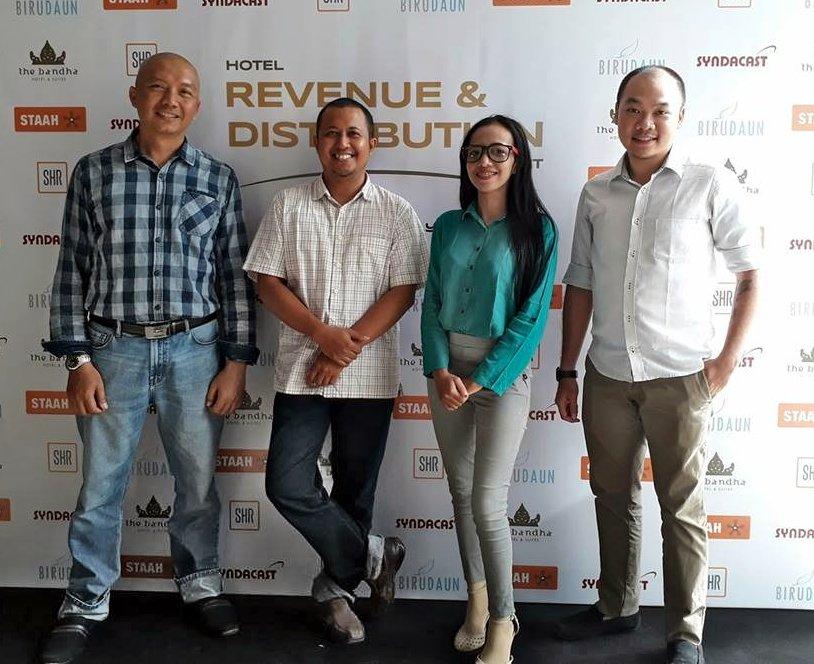 Indonesia Digital Marketing cover